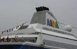 AIDA Kreuzfahrtschiff in Kiel