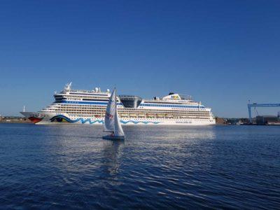 AIDAsol Kreuzfahrtschiff in Kiel