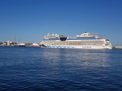 AIDAsol Kreuzfahrtschiff Kieler Förde 2021