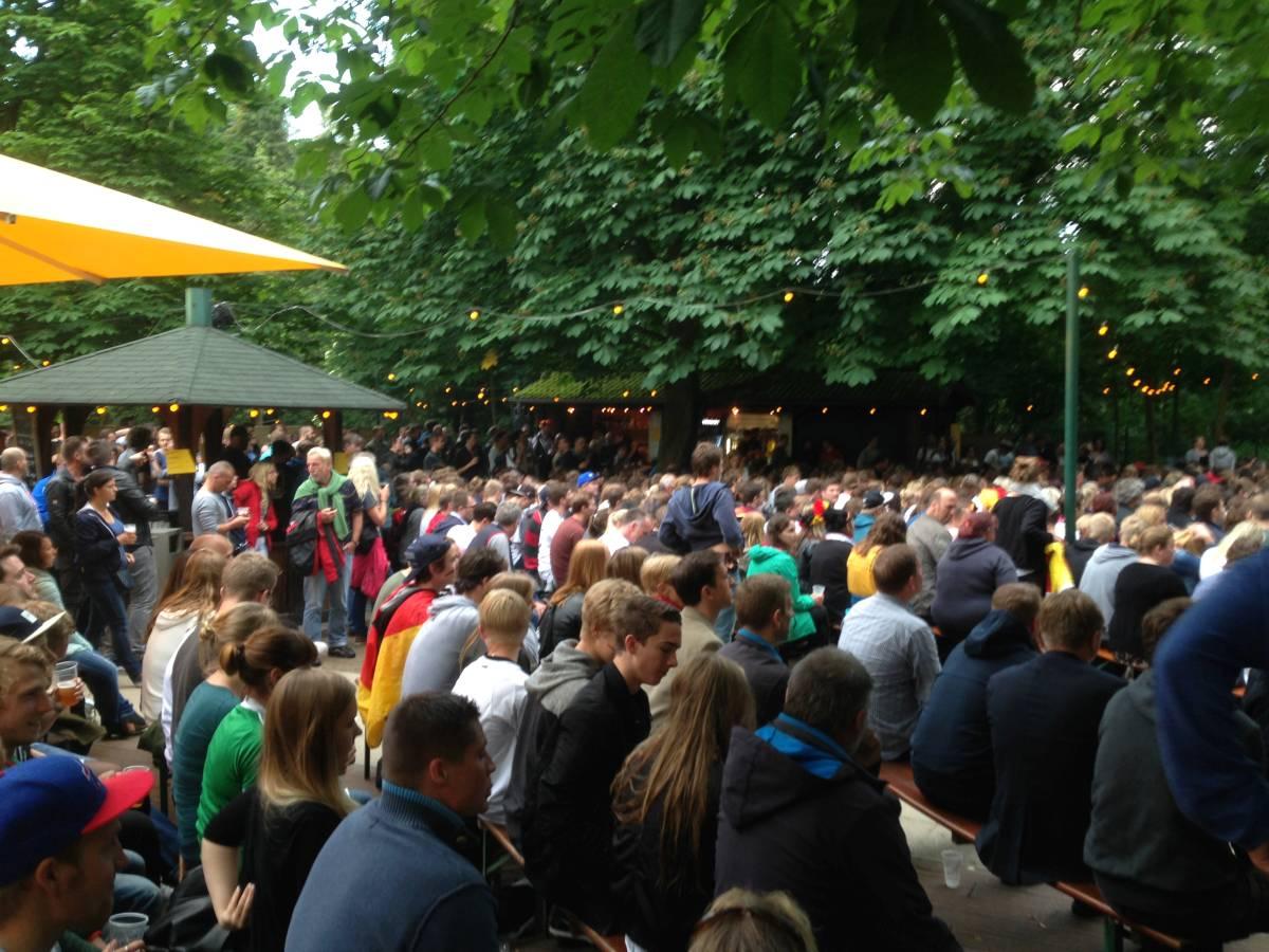 Public Viewing Forstbaumschule Kiel Fußball WM
