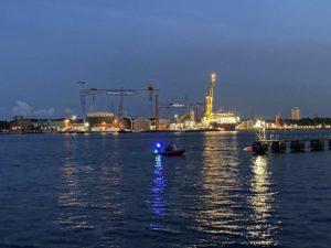 German Naval Yards Kiel Beleuchtung am Abend