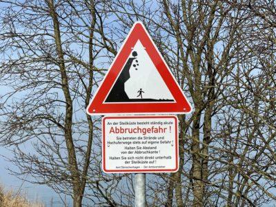 Hinweisschild Steilküste Dänisch-Nienhof