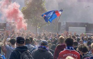 Holsteinstadion Kiel - Darmstadt Kieler Fans 23.05.2021