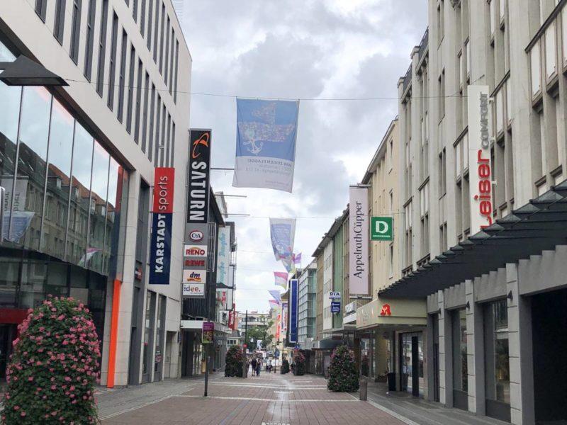 Holstenstraße Kiel an einem Sonntagvormittag