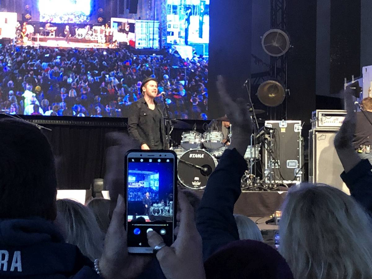 Johannes Oerding Konzert Kiel 3. Oktober 2019 Tag der Deutschen Einheit