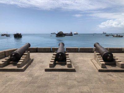 Kanonen & Nesselkutter Netzgetüdel am Meer