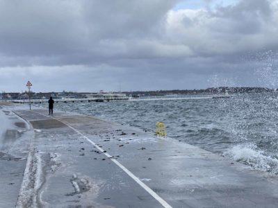 Kieler Förde Hochwasser Kiellinie Februar 2021