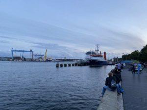 Kiellinie Kiel Uferpromenade an der Förde