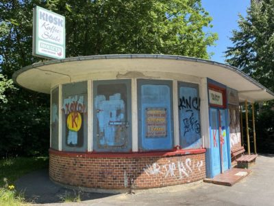 Straßenbahn-Wartehaus & Kiosk Kiel-Wik Herthastraße