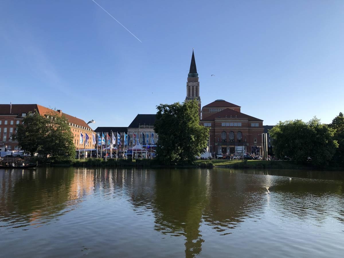Kleiner Kiel - Rathaus - Opernhaus