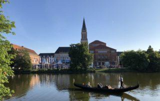 Venezianische Gondel auf dem kleinen Kiel