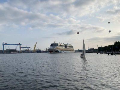 Kreuzfahrtschiff AIDAluna Kiel Ostseekai