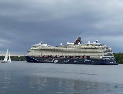 Mein Schiff 1 legt ab: Tui Cruises startet Kieler Kreuzfahrtsaison 2021