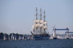 Segelschulschiff Mir Windjammerparade 2019