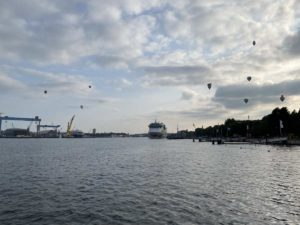 AIDAluna Kreuzfahrtschiff am Ostseekai Kiel