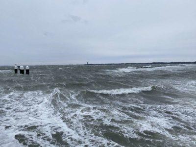 Hohe Wellen in Schilksee