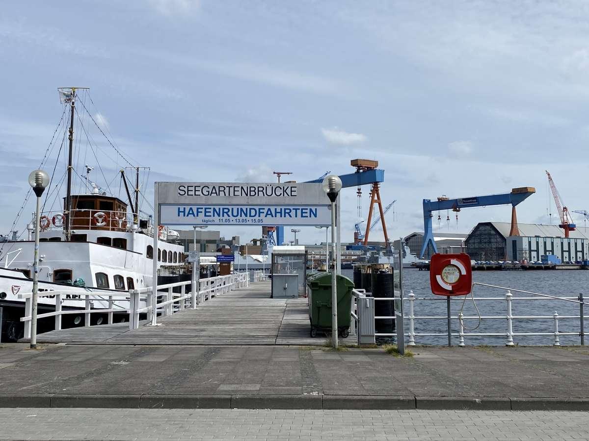 Seegartenbrücke Kiel