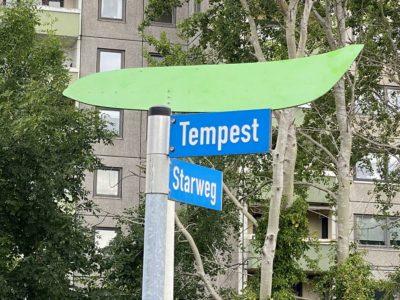Straßenschild Schilksee Tempest & Starweg