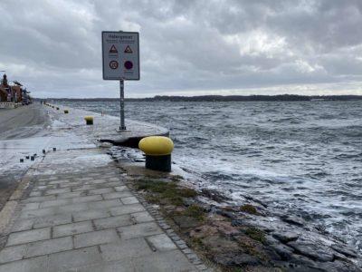 Winter Hochwasser & Eis Tiessenkai