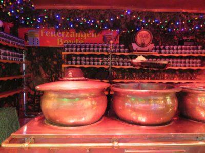 Feuerzangen-Bowle auf dem Kieler Weihnachtsmarkt