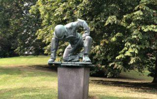 "Walter Rössler Skulptur ""Werftarbeiter"" in Kiel"